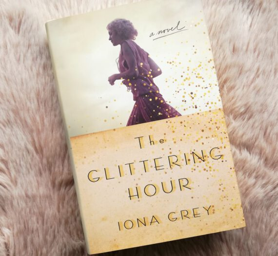 Recensie: The glittering hour – Iona Grey